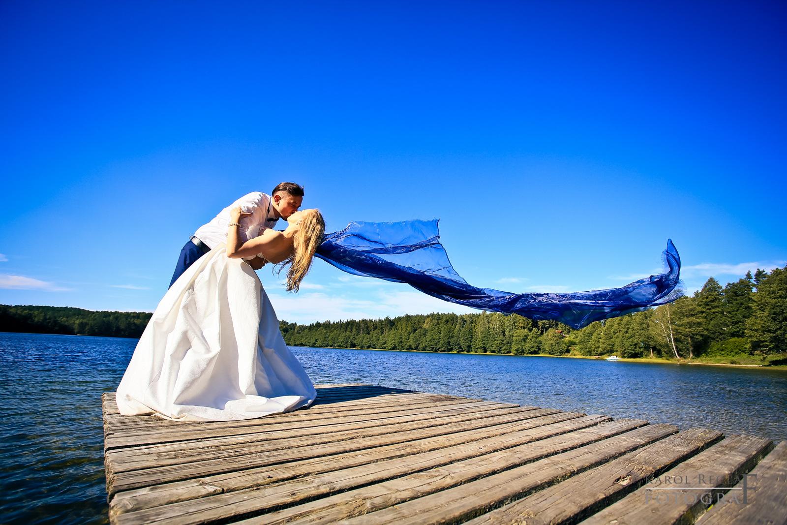 fotografia plenerowa nad jeziorem